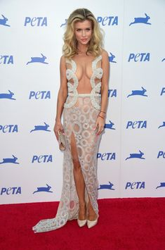 Joanna Krupa Flaunts Major Cleavage, Fit Figure in Sheer, Curve-Hugging Dress?See the Pic! Jennifer Lopez, Joanna Kruppa, Pin Up, Office Fashion, Most Beautiful Women, Looking For Women, Dress Making, White Lace, Sexy