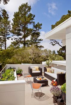 I adore this roof-deck!