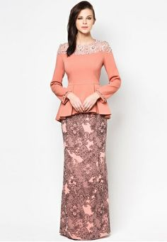 Chatalina Baju Kurung by Jovian Mandagie Modesty Fashion, Muslim Fashion, Hijab Fashion, Fashion Dresses, Hijab Evening Dress, Formal Evening Dresses, Traditional Fashion, Traditional Dresses, Model Kebaya Modern