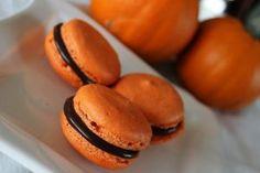 macaron-di-halloween-alla-zucca