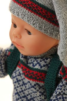 American girl doll sweater pattern - new years great winter outfit American Girl Outfits, Knitted Hats, Crochet Hats, Baby Born, 18 Inch Doll, Clothing Patterns, Girl Dolls, Winter Outfits, Doll Clothes