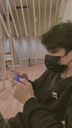 Jungkook Abs, Jungkook Cute, Taehyung, Cool Boy Image, Cute Boy Photo, Hommes Grunge, Mont Fuji, Korean Boys Hot, Cute Couple Selfies
