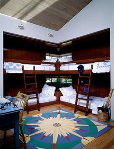 Steven Spielberg's in the Hamptons - lavish and well-furnished kids' room
