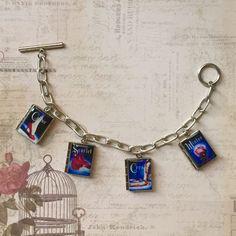 The Lunar Chronicles Cinder/Scarlet/Cress/Winter Book Locket Bracelet/Necklace/Bookmark/Keyholder/Bag Charm