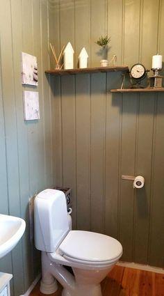 Green leaf Green Leaves, Toilet, Bathroom, Washroom, Flush Toilet, Full Bath, Toilets, Bath, Bathrooms