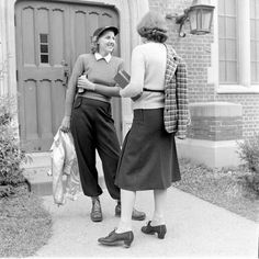 Wellesley College, 1938 - Photographer Alfred Eisenstaedt for Life Magazine