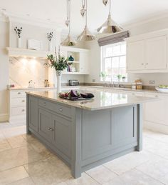 Dream kitchen with a mint green island please! Tom Howley's classic Hartford design (Beautiful Kitchens - January 2015 UK) Two Tone Kitchen, New Kitchen, Kitchen Dining, Kitchen Ideas, Kitchen White, Awesome Kitchen, Kitchen With Tile Floor, Vintage Kitchen, Kitchen Layout