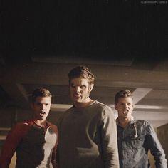 Aiden Ethan and Issac. Teen Wolf Stydia, Teen Wolf Boys, Teen Wolf Cast, Max And Charlie Carver, Max Carver, Dread Doctors, Teen Wolf Seasons, Ryan Kelly, Malia Tate