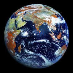 La NASA vient de publier des clichés et une vidéo prise par son satellite météorologique Elektro-L.