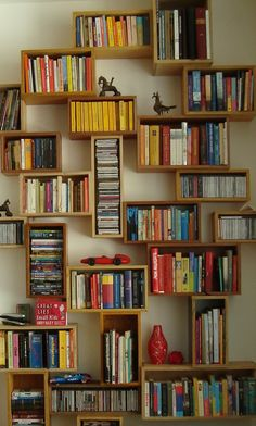 https://i.pinimg.com/236x/3f/9e/21/3f9e21ced86b0cb596d124056a853767--interior-ideas-bookshelves.jpg