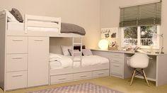 Небольшая комната для двух школьников