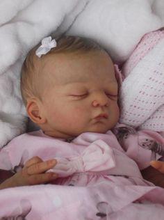 Stunning reborn baby girl Lilian by Gudrun Legler, isn't she adorable!