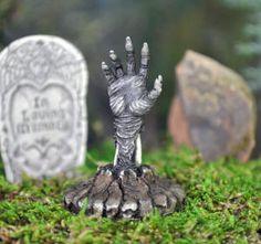 Super Cool New Fairy Garden Halloween Accessories  http://www.magicalomaha.com/FairyDoors.htm
