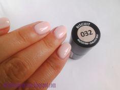 Lakier hybrydowy Semilac nr 032 Biscuit; podstawowy zestaw do manicure hybrydowego | Aleja Kosmetyczna. Beauty Blog by MaddieAnn