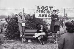 elliott-erwitt-lost-persons-pasadena-1963