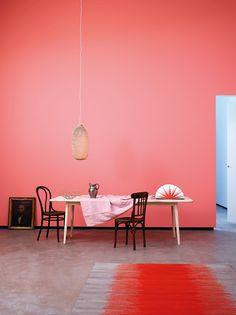 Måla väggarna med favoritkulören, vad sägs exempelvis om rosa? Väggen är målad med Jotun LADY Pure Color i kulören 2602 Butterfly.