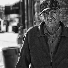 'They May Have Been Heroes' Photos Spotlight Fact That Homeless Vets Deserve Better