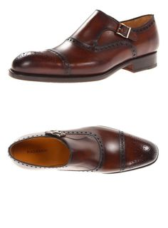 The color and style of the Magnanni Men's Loja Dress Shoe is just so dapper