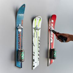 Recycled ski bottle opener for wall mounting Ski gifts, ski decor . - Recycled ski bottle opener for wall mounting Ski Gifts, Ski Decor- Top Gifts For Husband Recycled Decor, Recycled Crafts, Grandpa Gifts, Gifts For Husband, Décor Ski, Ski Decor, Ski Chalet Decor, Snow Skiing, Unusual Gifts