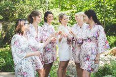 Demoiselles d'honneurs #bridesmaids #robedechambre #champagne #mariage #woman #nature #cocktail Bridesmaid Dresses, Wedding Dresses, Champagne, Kimono Top, Cocktail, Nature, Women, Fashion, Dress Up Wardrobe