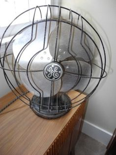 Vintage Mid Century Collectible General Electric Fan