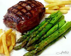 fischis cooking and more: steak mit grünem spargel vom grill