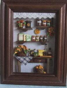 Kitchen shadowbox in scale Vitrine Miniature, Miniature Rooms, Miniature Kitchen, Miniature Crafts, Miniature Furniture, Dollhouse Furniture, Box Frame Art, Box Frames, Dolly House