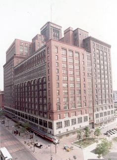 The J.L. Hudson building in downtown Detroit in 1982. Such fond memories I have of going downtown with my mom, aunt and cousins when I was a little girl. We would always go into Hudson's and have lunch :) Great memories and I love how my son likes to go downtown too...