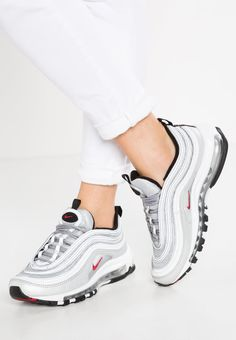 bb6431fd589c8 Trendy Sneakers 2018   Chaussures Nike Sportswear AIR MAX 97 OG QS Baskets  basses metallic silver v