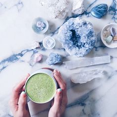 [ M A T C H A ]  Magic how all good mornings start. #Amiright? I hope you all charged your rocks in the moonlight last night lovelies! #matcha #matchalatte #crystals #rocks #quartz via @alison__wu