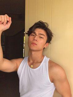 Korean Boys Hot, Hot Asian Men, Cute Asian Guys, Korean Men, Asian Boys, Cute Guys, Just Beautiful Men, Beautiful Men Faces, Pretty Men