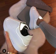 Flat Platform Shoes Woman White Shoes Luminous Sneakers Women Glowing Lace Up Zapatos De Mujer Flat Genuine Leather Women Shoes Sneakers Mode, Sneakers Fashion, Fashion Shoes, Gucci Fashion, Shoes Sneakers, Footwear Shoes, Nike Fashion, Fashion Brand, Style Fashion