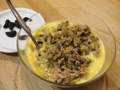 Flan de berenjena y atún con mayonesa de ajo negro   Cocinar en casa es facilisimo.com