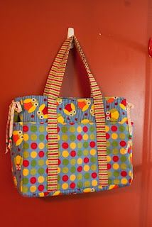 Diaper bag tutorial- would make with a little more grown up fabric