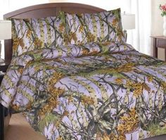 Never saw purple camo before.i freaking LOVE this! Camo Bedding, Bedding Sets, Lavender Bedding, Master Bedroom Bathroom, Purple Camo, Woodland Camo, Bed In A Bag, All Things Purple, Queen Size