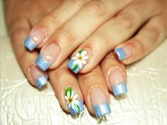 cool blue glittery nail art for a mesmerizing nail impression