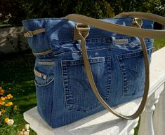 Handmade denim bag spacious jeans bag plenty of space gift Denim Bag, Denim Jeans, Mom Jeans, Recycle Jeans, Unique Bags, Artificial Leather, Bag Making, Bell Bottom Jeans, Gifts For Women