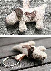 sweet dog keychain | par countrykitty