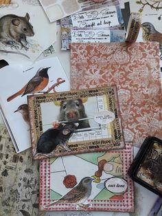 Fasters korthus: Making postcards..
