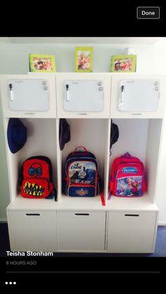 54 Ideas locker organization with backpack entryway School Bag Organization, School Bag Storage, Backpack Organization, Kids Room Organization, Home Organisation, Kids Backpack Storage, Organization Hacks, Door Storage, Kids Storage