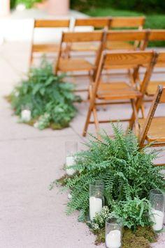 Green wedding ceremony idea; photo: Tamara Gruner Photography