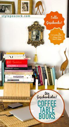 Coffee Table Books sind eine wunderbare Geschenkidee. Sie dienen selbst als Deko und inspirieren. Einfach mit Decke aufs Sofa kuscheln, das große Buch zum Blättern und ein Glühwein oder Tee dazu. Kann man einen herrlicheren Tag verbringen? Hier findet ihr die schönsten Coffee Table Books als Geschenkeidee! Bücher rund um Interior, Design, Einrichtungstipps, Home Decor... [unbezahlte werbung] . . #coffeetablebooks #geschenkidee #interiorbooks #designbooks #weihnachtsgesch