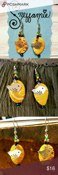 Bazaar Birds earrings *Pop of color for any outfit!!!    15% OFF BUNDLES 3+!!! Sneffamie Jewelry Earrings
