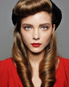 amazing vintage hairstyles for long hairs by LeoN in Retroterest. Read more: http://retroterest.com/pin/vintage-hairstyles-for-long-hairs/