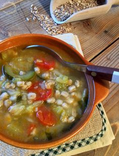 Briciole di Sapori           : Zuppa contadina con farro Toscano