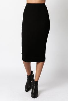 "Simple and classic ribbed high waisted skirt fitted to the knee.   Measurements: Waist: 22"" Length: 30.5"" Measurements from size S  - 50% Polyester, 45% Cotton, 5% Spandex - Hand Wash Cold, Hang Dry - Imported"