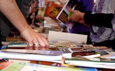 No domingo, dia 29, o  Parque Farroupilha recebe a 12ª edição da Feira de Troca de Livros de Porto Alegre, que acontece  das 10h às 17h. A entrada é Catraca Livre.