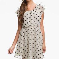Quiero un vestido de lunares