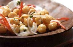 Salada mediterrânea de grão-de-bico | Panelinha - Receitas que funcionam