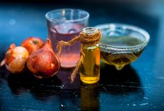 most people prefer to use home recipes to treat hair loss, and the most important of these recipes is onion oil or onion juice, Castor Oil For Hair, Hair Oil, Hair Growth Oil, Natural Hair Growth, Rice Water Recipe, Water Recipes, Onion Juice For Hair, Onion Hair, How To Grow Your Hair Faster